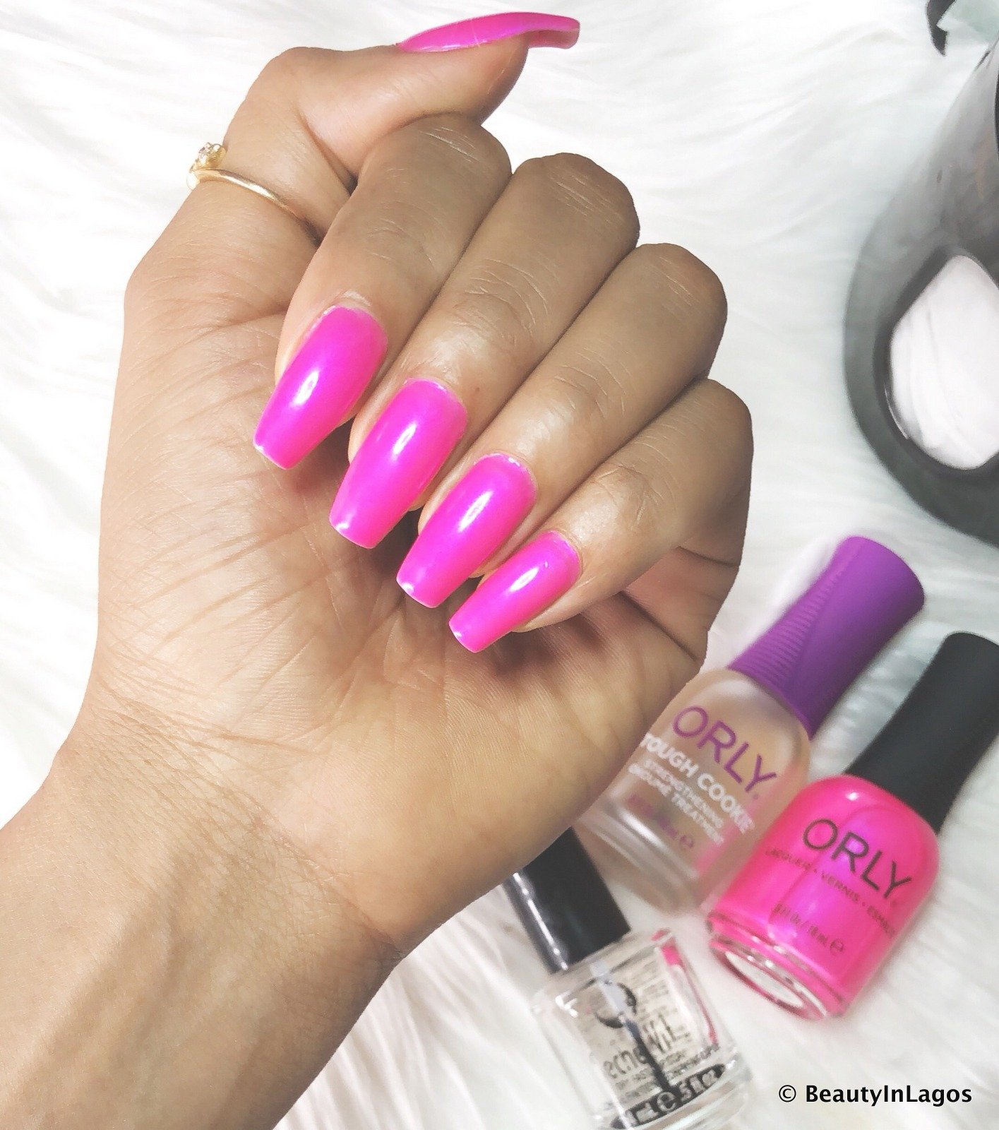 NAIL TIPS: How To Get Your Manicure To Last Longer